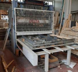 : DELTA _CH 21/05_Pallets (Machines for...)
